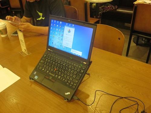 (写真4)とてもシンプルな作りで、軽くて持ち運びに便利