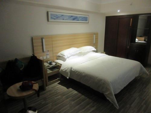 (写真2)基本的に統一されたデザイン・仕様の城市便捷酒店(東莞万江店)