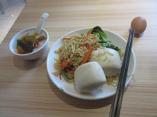 (写真5)城市便捷酒店(東莞万江店)の朝食バイキング(広東省・東莞市)
