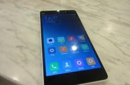 (写真1)日本と中国のスマートフォンの違い、なぜ利用できないのか?