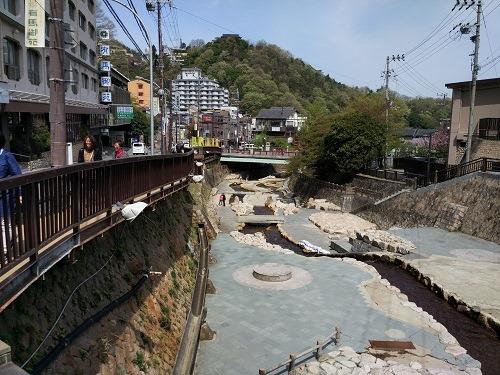 (写真2)風情あふれる有馬温泉、大阪(梅田)から直通バスが走っている