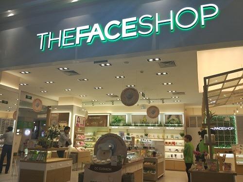 (写真5)2008年から中国に参入している韓国系のThe Face Shop