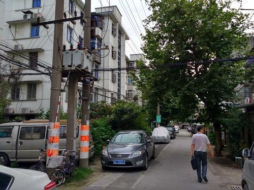 (写真5)築25年が過ぎた住宅地