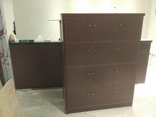 (写真1)内装業者がつくった顧客用の荷物入れ